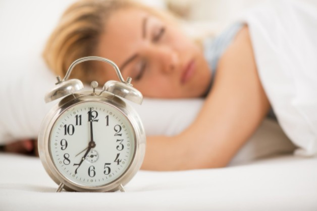 Get Better Sleep by Better Understanding Your Sleep Cycles